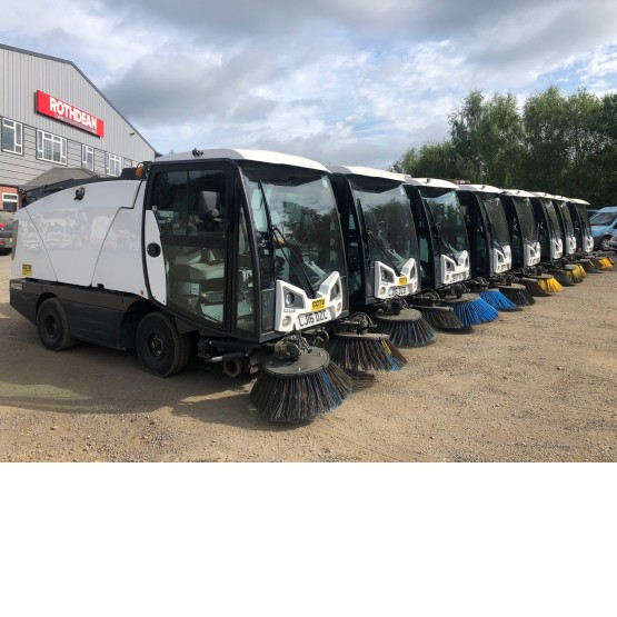 2014 JOHNSTON CX201 SWEEPER in Compact Sweepers