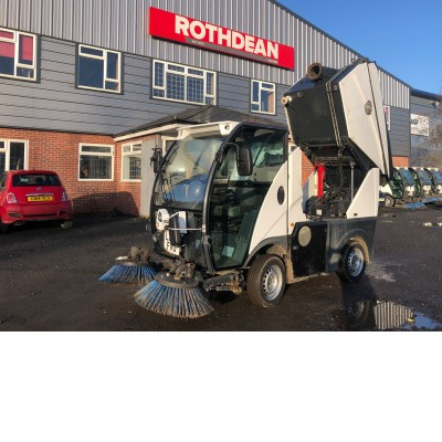 2015 JOHNSTON C101 COMPACT SWEEPER